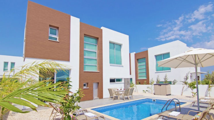 Apartments and luxury self-catering villas to rent in south-east Cyprus